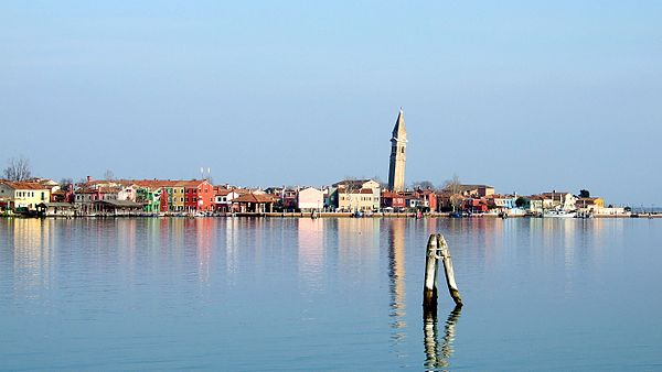 600px-Burano_view_from_Mazzorbo